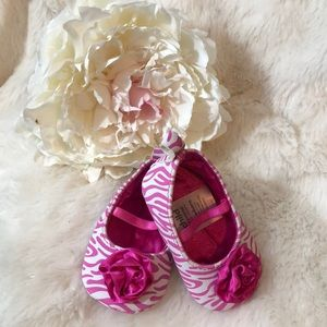 Adorable Newborn Pink and White Shoes